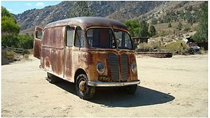 International Harvester Metro Van - Image: 1941 D15M 1
