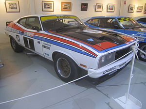 1977 Hardie-Ferodo 1000 - Allan Moffat and Jacky Ickx won the race driving a Ford Falcon XC