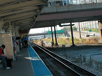 UIC–Halsted station - Looking west near the Peoria Street underpass