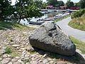 20090808 Smygehuk 11, Stein und Hafen.JPG