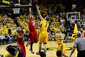 Evan Turner - Turner against Iowa (2010-01-27)