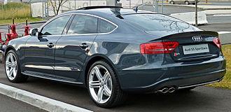 Audi S5 - Image: 2010 Audi S5 (8T) Sportback 02