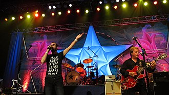 Ringo Starr & His All-Starr Band - Ringo Starr and Rick Derringer live in 2011.