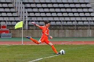 Goal kick - Saint-Étienne goalkeeper Méline Gérard takes a goal kick.