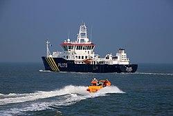 2017-03-16 Pilotboat POLARIS vor Antwerpen RB038.jpg
