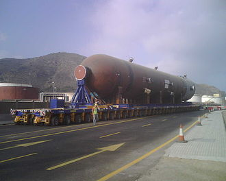 Self-propelled modular transporter - 288-wheel SPMT carrying a 1350-tonne vessel