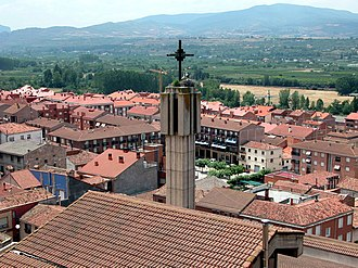 Albelda de Iregua - Image: ALBELDA DE IREGUA Vista general (Iglesia parroquial)