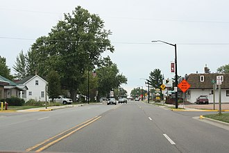 Abbotsford, Wisconsin - Image: Abbotsford Wisconsin Downtown Looking South WIS13