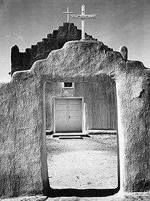 Άνσελ Άνταμς, Church Taos Pueblo (Νέο Μεξικό, 1942)