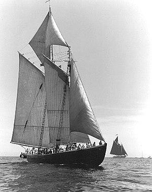 Adventure (schooner) - Image: Adv bowd 2