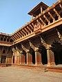 Agra Fort 06 (5337154514).jpg