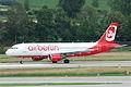 Air Berlin Airbus A320-214; HB-IOW@ZRH;08.06.2011 599bq (5832408923).jpg
