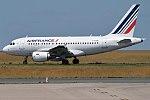 Air France, F-GUGI, Airbus A318-111 (35764753085).jpg
