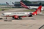 Airbus A320-216, AirAsia JP7325206.jpg