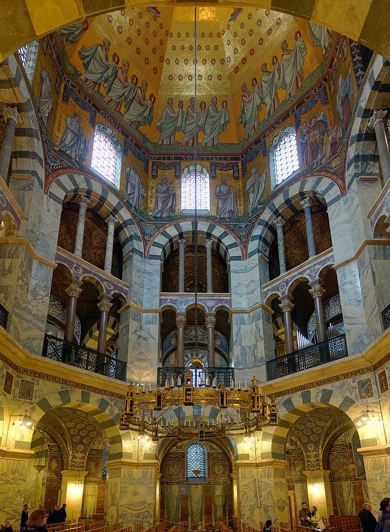 Chapelle palatine - Aix-la-Chapelle - Charlemagne - Palais - Carolingiens - SchoolMouv - Histoire - CM1