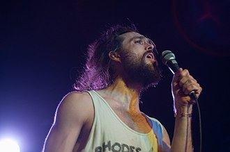 Alex Ebert - Alex Ebert performing with Edward Sharpe and the Magnetic Zeros at the Belly Up Tavern in Solana Beach, California on November 3, 2009.