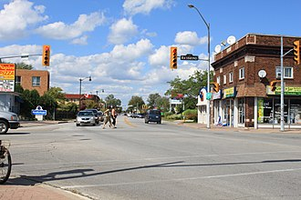 Amherstburg - Sandwich St. at Richmond St