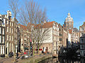 Amsterdam, straatzicht vanaf Oudezijds Voorburgwal met toren van de Sint Nicolaaskerk RM4140 foto4 2014-01-12 13.36.jpg