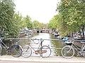 Amsterdam brug met fietsen.jpg