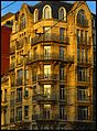 An Art Deco Tenement Building - panoramio.jpg
