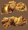 Andhra Pradesh Royal earrings 1st Century BCE.jpg
