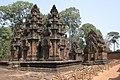 Angkor-Banteay Srei-18-Prasats-Suedliche Bibliothek-2007-gje.jpg