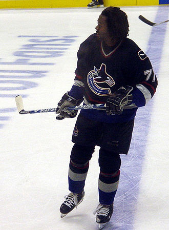 Anson Carter - Carter with the Vancouver Canucks in 2005