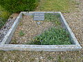 Antheny (Ardennes) tombe de guerre.JPG