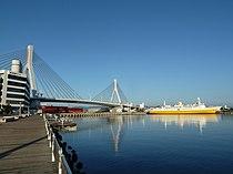 Aomoribay bridge.jpg