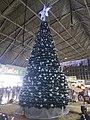 Arbol de Navidad y Nacimiento en Terminal Central de Autobuses CAPU Puebla 02.jpg