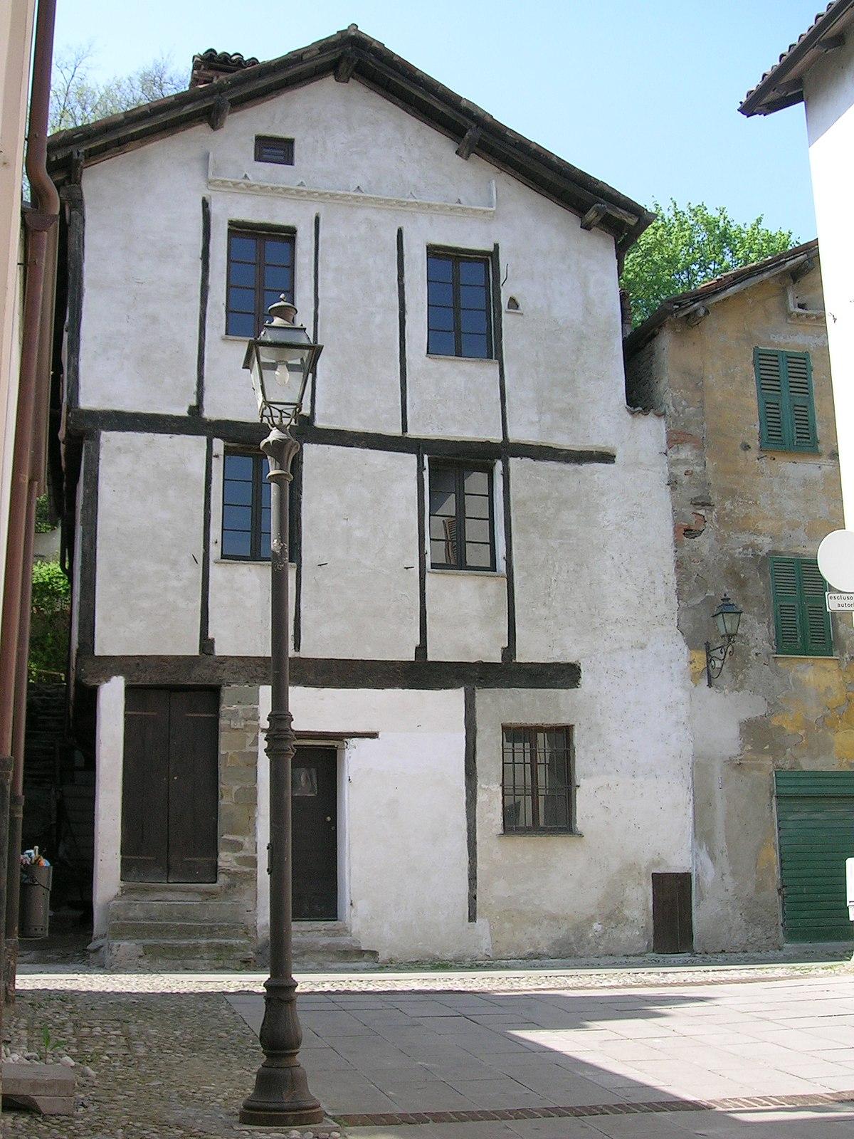 Casa gotica wikipedia for Piani di casa cottage gotico