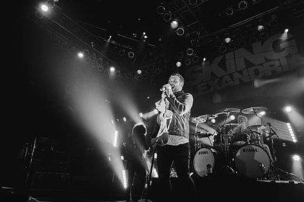 Asking Alexandria live in 2016 Asking Alexandria performing in 2016.jpg