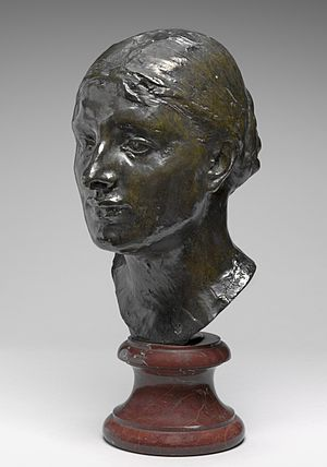 Marianna Russell - Bust of Marianna Russel by Auguste Rodin.