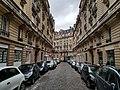 Avenue Alphand Paris.jpg