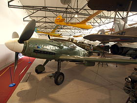 Avia S-199 (Czech version Messerschmitt Bf 109G) (UF 25) pic3.JPG