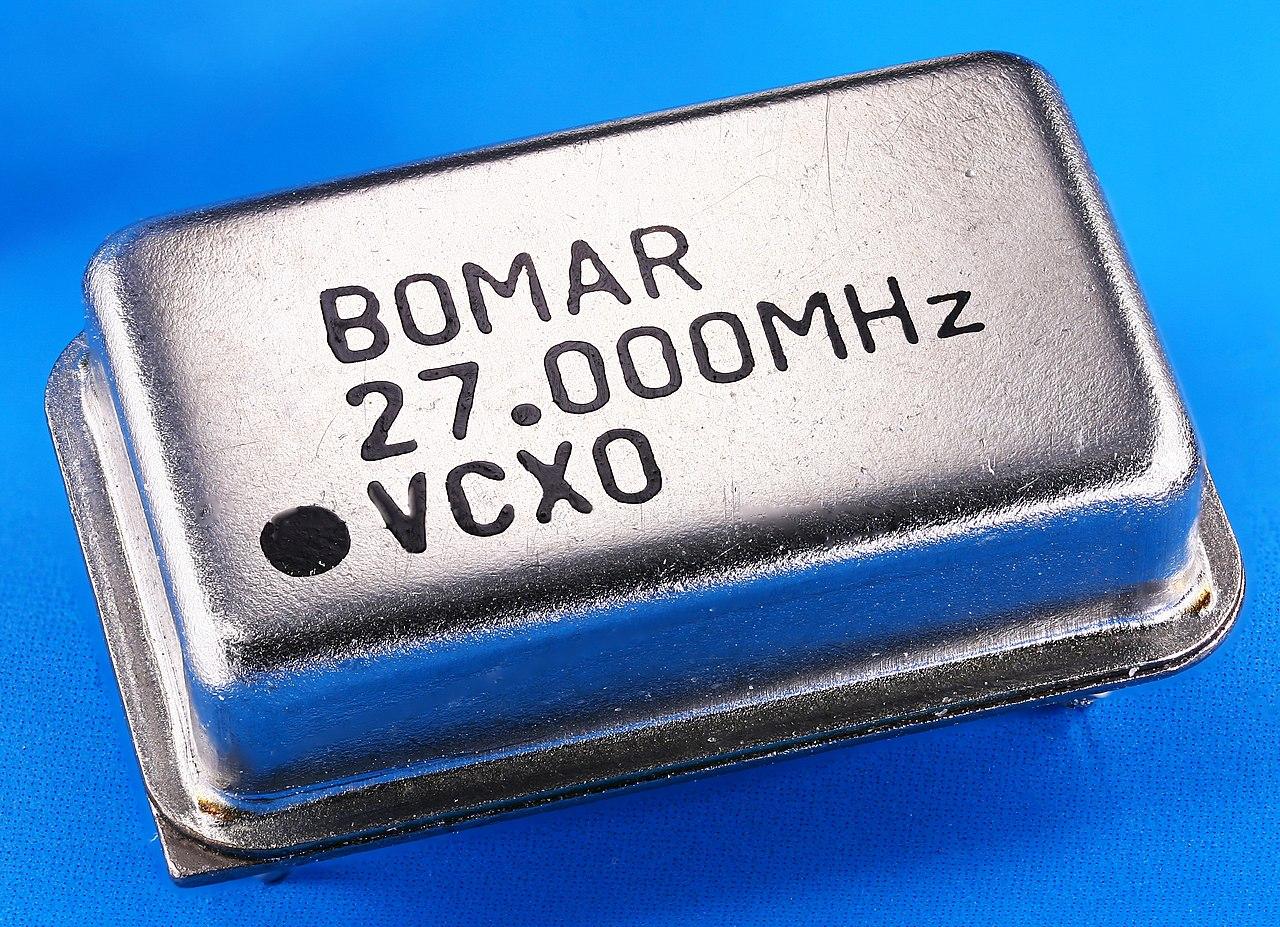 1280px-BOMAR_27.000MHz_VCXO_Crystal_Osci