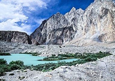 Baltoro Glacier Passu Gilgit Baltistan.jpg