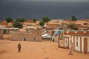 Ein Dorf in der Sahara im Süden Mauretaniens