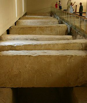 Khufu ship - Picture of discovery place of Solar boat pit covered by stones inside the Solar barge museum.