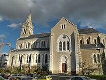 Basse-Goulaine église.jpg