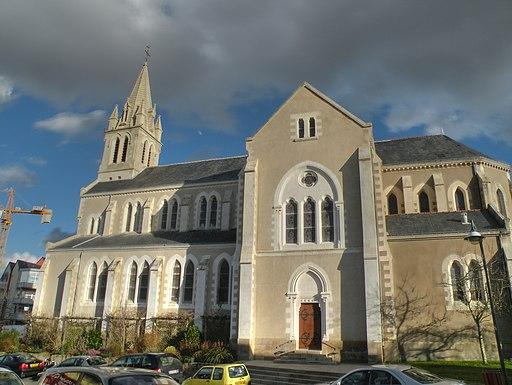 Basse-Goulaine église