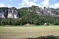 Bastei z údolí Labe1.jpg
