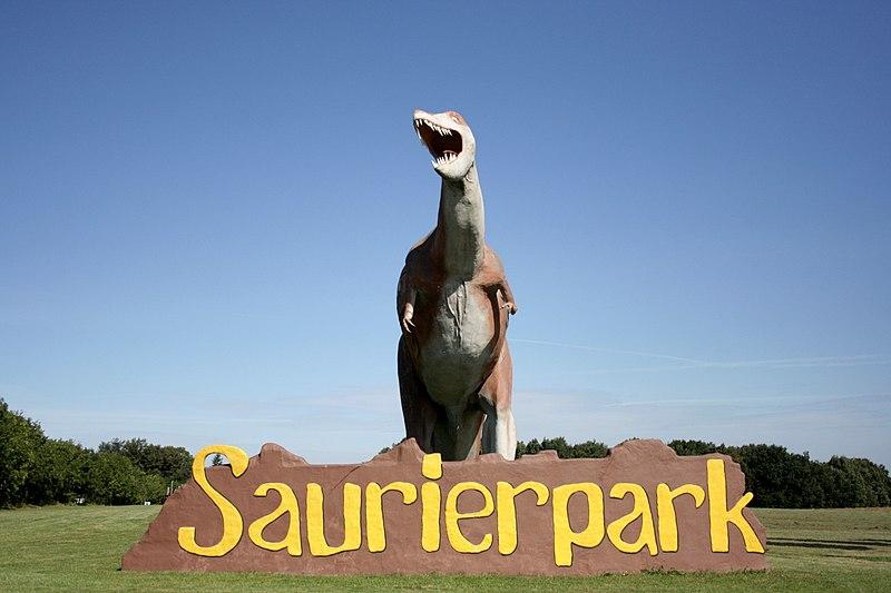 File:Bautzen Kleinwelka - Saurierpark 01 ies.jpg