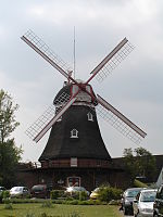 Bederkesa Holländerwindmühle 2006 by-RaBoe.jpg