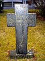 Bernhard Schulz 1889-1940, Pfarrer, Grabkreuz St. Ludwig Kirchhof in Celle.jpg