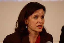 Betsy Hodges mayoral forum Oct 2013.jpg
