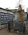Bhopal-Union Carbide 1 crop memorial.jpg