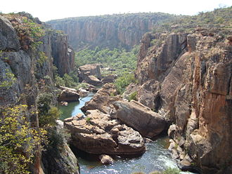 Blyde River Canyon - The upper canyon as seen from Bourke's Luck at the Treur-Blyde confluence