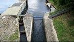 File:Bochum - Kemnader Straße - Kemnader See - Stauwehr - Bootsgasse (Stauwehrbrücke) (1) 01 ies.ogv