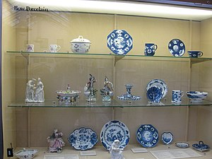 Bow porcelain factory - Dishes and figures display at Birmingham Museum and Art Gallery